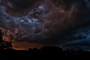 Amazing clouds 2 by niwet