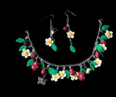 Strawberry Fields Bracelet & Earrings by MayEbony