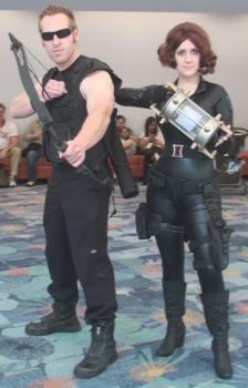 Hawkeye and Black Widow of Avengers at WonderCon by trivto
