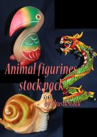 animal figurine statues by ShusikStock