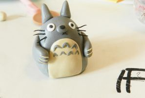 My Neighbor Totoro (fimo) by NekoIsy
