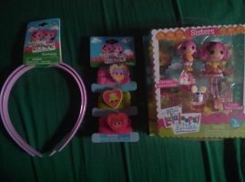 my mom give to me lalaoopsy stuff by bigbob101