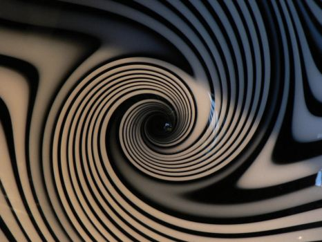 White and Black Hypnosis by laura-worldwide