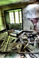 Glencoe: Abandoned House II by basseca