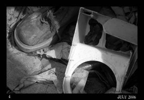 Others - Abandoned Shoe by Cleonor