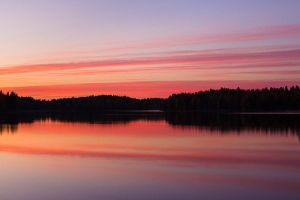 Lake sunset by JuhaniViitanen