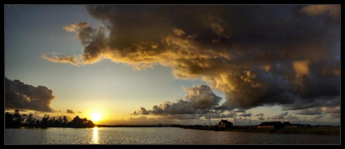 Dangerous Clouds Panorama by RoSaVision