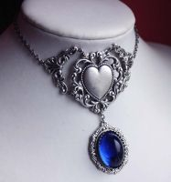 Frozen Heart Necklace by Pinkabsinthe