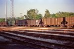 CNW Hoppers, IHB, 8-12-88 by eyepilot13
