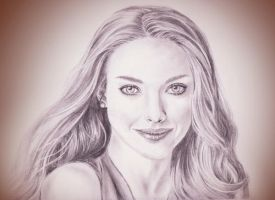 Amanda Seyfried by phantastes