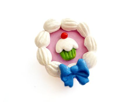 Cameo Cupcake Brooch by LittleMissDelicious