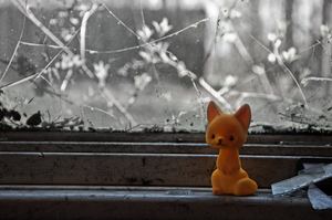 WeeFox and the Abandoned House by Trophica
