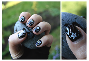 Nail Art: Black Flower by ginkgografix