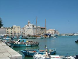 Trani's Port by DamnedCat51