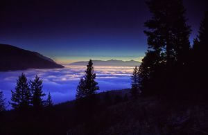 Above the clouds by vindego