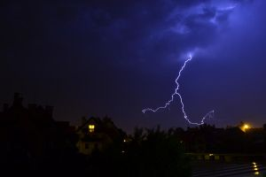 Lightning by osiolekpl
