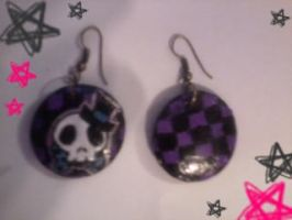 Skull Earrings by xMidnight-Dream13x