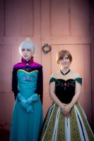 Anna and Elsa (Coronation Day) [ Frozen ] by kokoammm