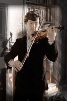 Sherlock with his violin by liasid