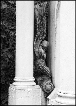 Weeping Angel by NaelCrea