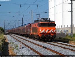 Renaults over rails 220610 by Comboio-Bolt