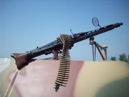 MG 42 by omega856