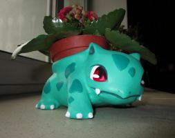 cute ivysaur flower pot