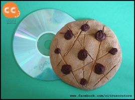 Giant cookie magnet by citruscouture