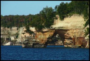 Pictured Rocks: Water Arch by kessalia