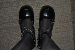 New Camera, New Shoes 01 by Indigoth