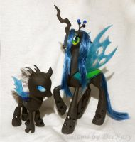 Queen Chrysalis and Her Minion by DeeKary