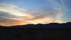 Mojave Desert Sunset by dwarfeater