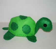 Luo-Qin's Prize--Turtle Plush by kiddomerriweather