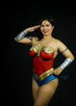 Wonder Woman body painting by CarolineCosplay