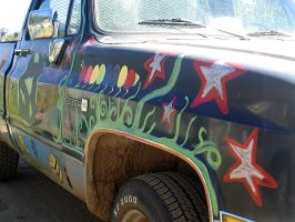 crazy hippie car by ribcage-menagerie