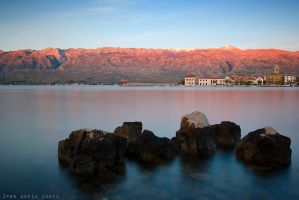 Velebit in red by ivancoric