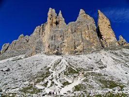 Mountains - Tre Cime di Lavaredo by Sergiba