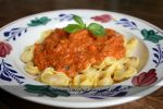 Tomato and parmesan sauce with tortellini by China-Dolly