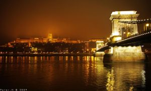 Budapest Night by peter-n