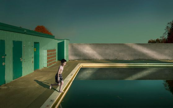 Swimming pool by FangT