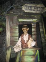 Disneyland Paris - Phantom Manor -75- by Maliciarosnoir-stock