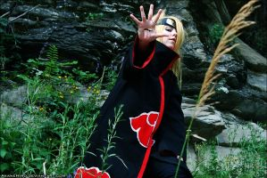 Missing- nin: Deidara cosplay by AkaneHiro