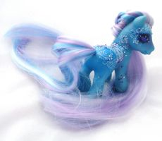My little pony custom Earwen Vardamir by AmbarJulieta