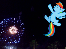 Happy new year to everypony!!! by luisbonilla
