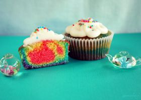 Rainbow Cupcakes by apparentlyjessy