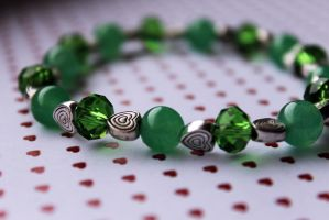 Jade Green and Silver Heart Bracelet by Clerdy