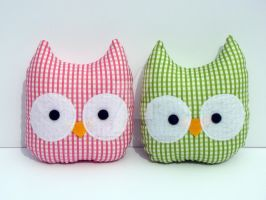 mini owls set of 2 by Telahmarie