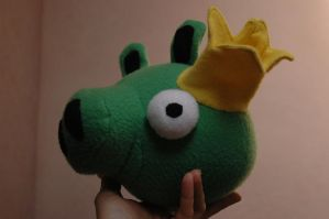 Angry Birds King Pig by chasmyn