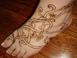 Celtic vines in ... Henna by Paintsmudger