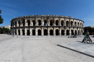 Ampitheatre of Nimes - Exterior 1 by CyclicalCore